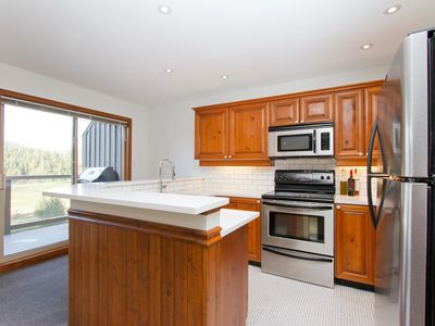 Whistler townhome rental - Kitchen