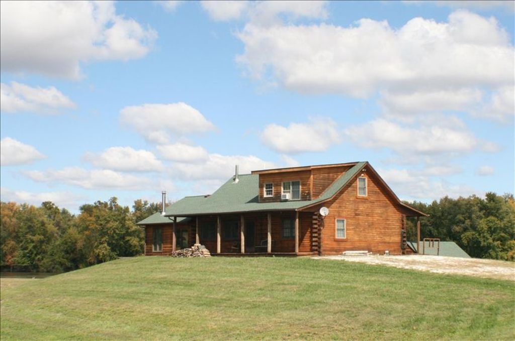 St Charles House Rental Wonderful Oak Log Home On The