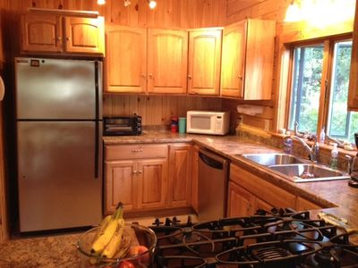 Rockwood cabin rental - View into kitchen