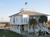 Aarrr Beach House-Gulf Views And Easy Gulf Beach Access At A Great Rate!