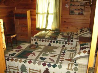 Rockwood cabin photo - The second bedroom upstairs