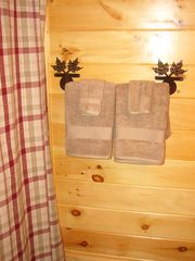 Pigeon Forge cabin photo - Bathroom