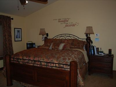 Master Bed, private bath, shower/steam rm w/massage table deck w/hot tub,laundry