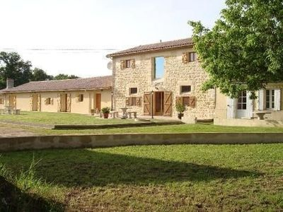 Photo for Authentic charm farmhouse from Médoc, between nature and ocean