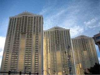 Las Vegas condo photo - Units In All Three Towers