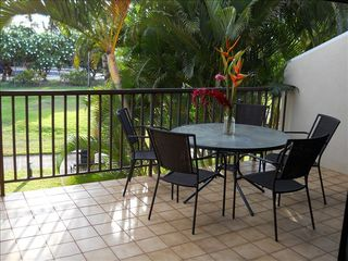 Kihei condo photo - .Large Lanai overlooks Plantation style grounds, Pool and Spa
