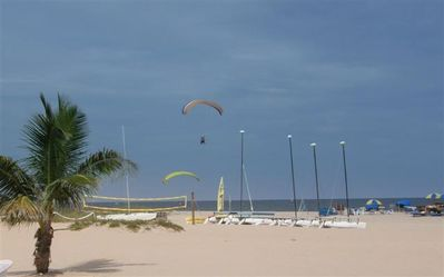 Jet Ski Rentals, Catamaran Rental, Para Sailing Just 50 Feet up the Beach