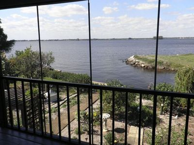Breathtaking view of the Caloosahatchee River! Incredible Sunsets!