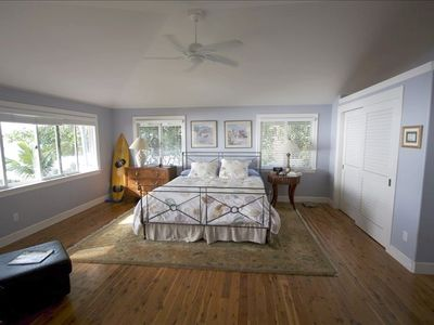 Master Suite - The sound of the surf will rock you to sleep.