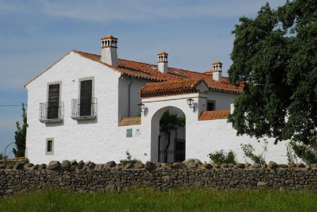 Self catering Cortijo Palomar de la Morra for 16 people