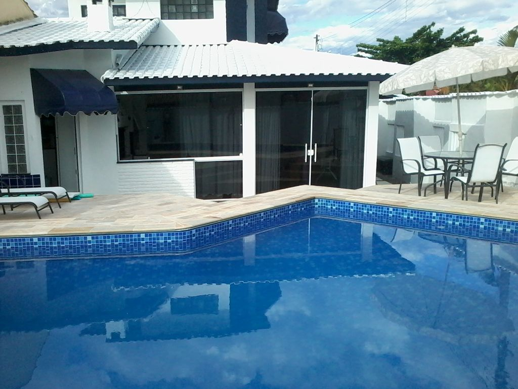 Beautiful townhouse with pool and waterfall vrbo for Pool showrooms sydney