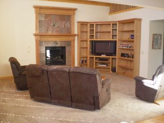 Willamette Pass house photo - Living Room with gas fireplace & 42 inch plasma TV