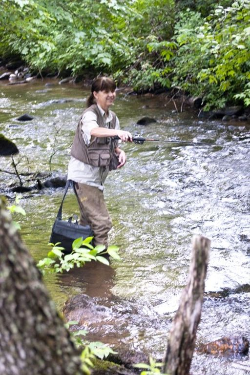 Come enjoy trout fishing in the rushing creek vrbo for Murphy s hook house fishing report