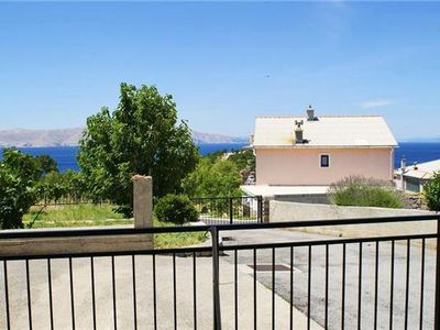 Apartment for 4 people close to the beach in Senj