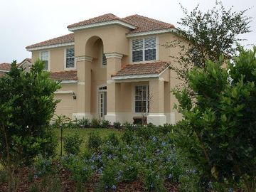 Windsor Hills house rental - .Front Elevation of this magnificient 6 bedroon 4 bath home