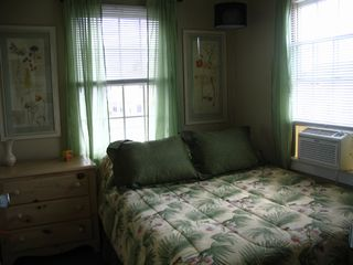 Seaside Park apartment photo - Queen Bed-33B-upstairs
