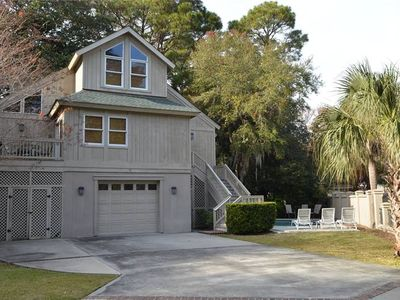 This wonderful beach home is located within a 5-7 minute walk from the beach and offers 2 master suites and 2 additional bedrooms all with private baths and TVs.  The home is located at 17 Myrtle Lane
