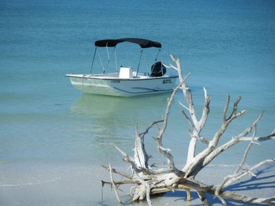 Free Boat with Beautiful Waterfront Vacation Stay