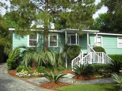 Isle of Palms house rental - Tropical landscaping
