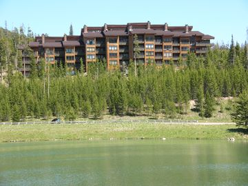 Big Sky Condo rental is located at Lake Levinsky.