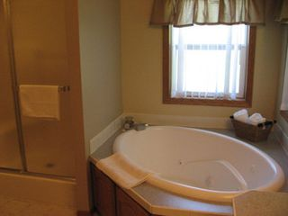 Wisconsin Dells house photo - Master Bathroom With Whirlpool Tub
