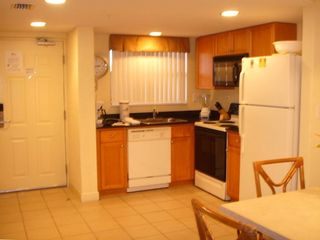 Fully equipped kitchen - all the comforts of home!