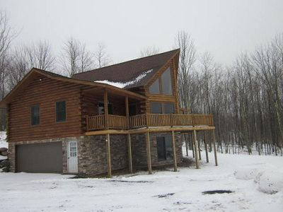 Side view of Mountain Vista Cabin