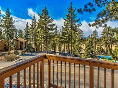 Beautiful Lake Tahoe Family Retreat,Perfect Location for all your Vacation Fun!!