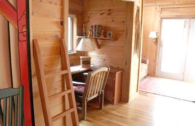 Boone cabin rental - Office area with great view!