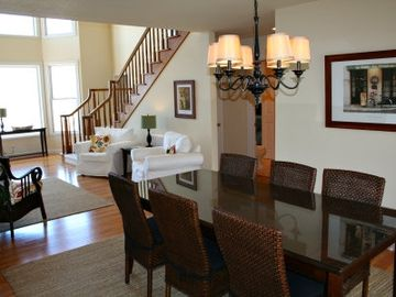 Formal Dining Room (Entry Level)