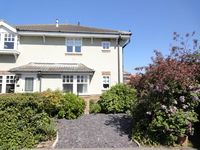 North Bay Holiday Home- Close to the beach and all facilities