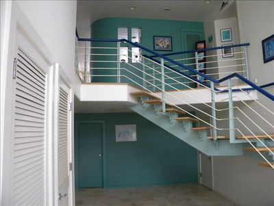 Foyer entry stair