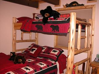 Pagosa Springs cabin photo - 3rd Bedroom with Double-Twin Bunk (Bear Room)