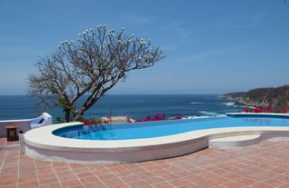 Huatulco villa photo - The calming view of the Pacific Ocean