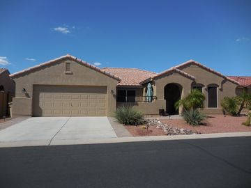 Sun Lakes house rental - front view