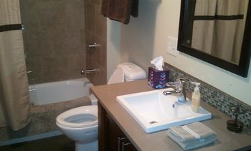 Lower level - Bathroom #4