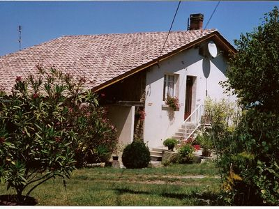 Peaceful house, with terrace , Sainte-bazeille, Aquitaine