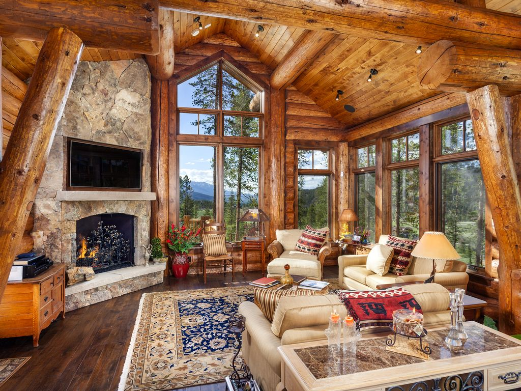 Exquisite Log Cabin Mountain Home Sleeps VRBO
