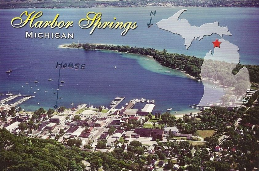 Convenient 7 bedroom home in harbor springs vrbo for 7 bedroom house for rent in michigan