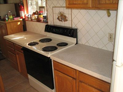 Corian counter tops and electric stove