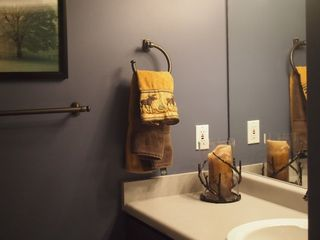 Cottonwood Heights townhome photo - First floor powder room