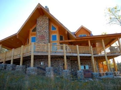 Custom log cabin on ski in and ski out at vrbo for Ski liberty cabin rentals