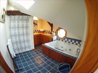 Sheffield house photo - Master Bath with Jacuzzi Tub