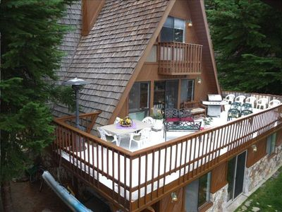 450 sf DECK Facing LAKE TAHOE