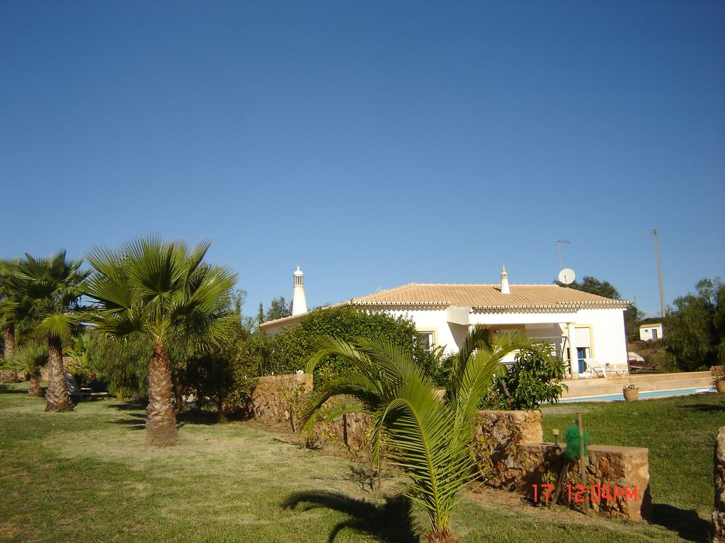 Holiday house, close to the beach, Colégio, Faro