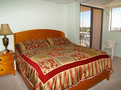Madeira Beach condo rental - Master bedroom