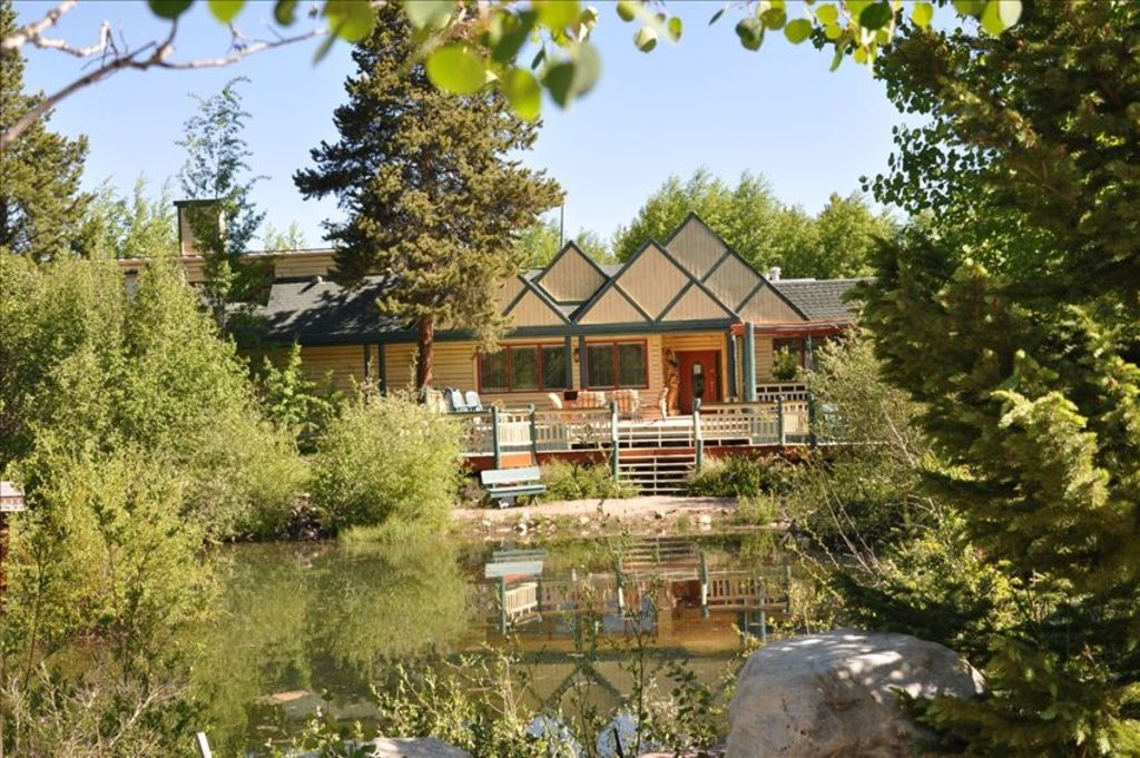 10 000 sq ft 9 bedroom luxury lodge located vrbo for 10000 sq ft
