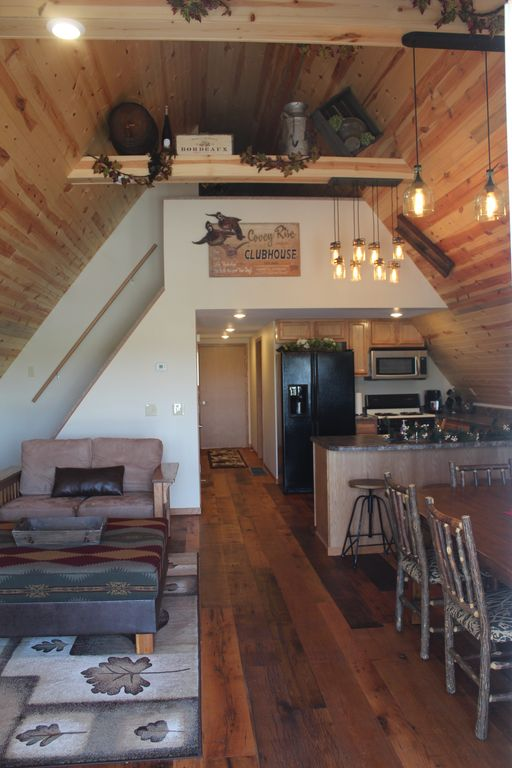 Cozy A-Frame house in heart of the midwest!!!