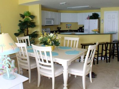 Beautiful Dining Room and Fully Equipped Kitchen