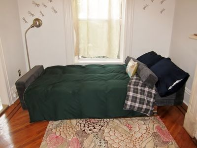 Brooklyn apartment rental - Sofa bed